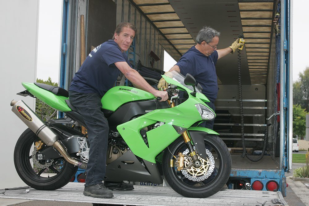 Kawasaki ZX10 on Liftgate